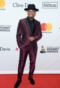 2018-clive-davis-grammy-gala-red-carpet-12